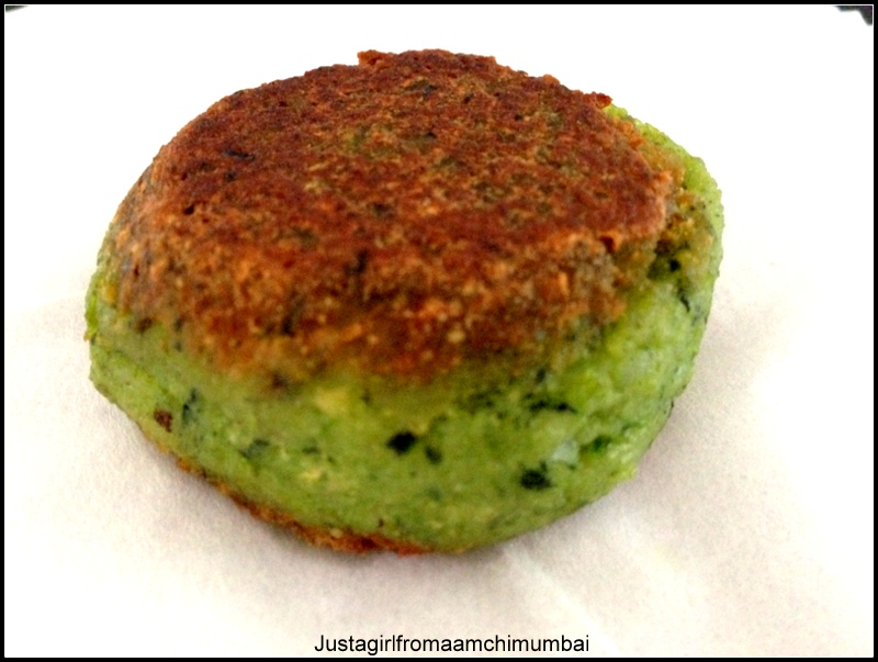 Hara bhara kabbab spinach and potato cakes a vegetarian indian image forumfinder Gallery